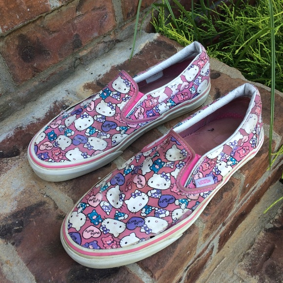 92879485e Vans Shoes | Hello Kitty X Slip On Sneakers Size 85 | Poshmark